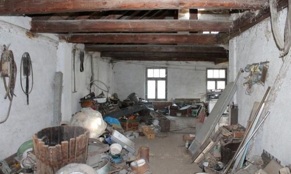 Vyklízení pozůstalostí, bytů a domů pro vás zajistí profesionálové z Vyklizeno.cz - nejlépe hodnocené vyklízecí firmy na internetu.